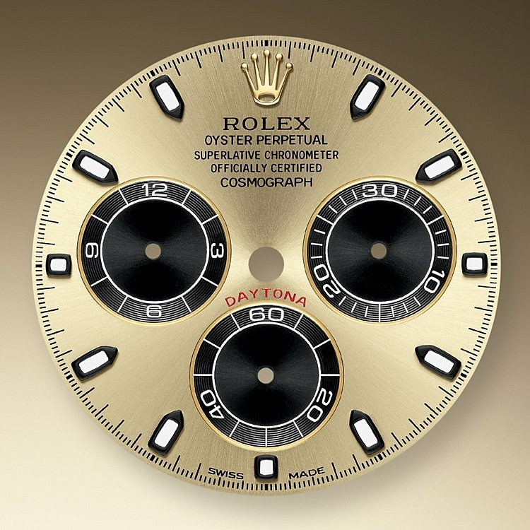 This model features a champagne-colour and black dial with snailed counters, 18 ct gold applique hour markers and hands with a Chromalight display, a highly-legible luminescent material. The central sweep seconds hand allows an accurate reading of 1/8 second, while the two counters on the dial display the lapsed time in hours and minutes. Drivers can accurately map out their track times and tactics without fail.
